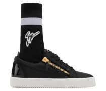 Black calfskin leather low-top sneaker with black and purple sock with logo GAIL PLUS