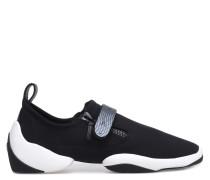 Black neoprene low-top sneaker with bar LIGHT JUMP LT2