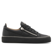 Black leather low-top sneaker with logo FRANKIE