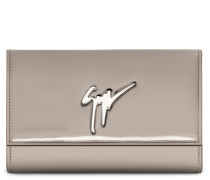 Patent leather clutch with signature CLEOPATRA