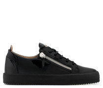 Black calfskin leather low-top sneaker DOUBLE