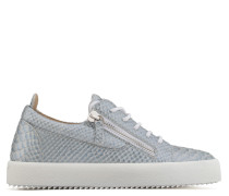 Light blue python-embossed pearlized low-top sneaker GAIL