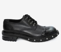 Derbys mit Schuhnägeln