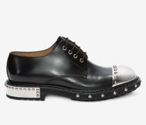 Derbys mit Schuhnägeln und Fersenkappe aus Metall