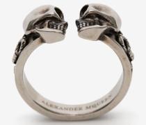 Dekorativer Skull-Ring