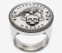 Ring mit Crow & Skull-Medaillon