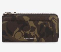 Kontinentalbrieftasche mit Rundumreißverschluss und Camouflage-Print