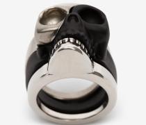 Ring Divided Skull