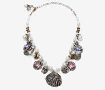 Halskette mit Muscheln und Perlen