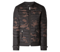 Steppjacke mit Camouflage-Muster