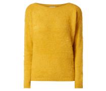Pullover mit feinen Fransen