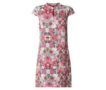 Kleid aus Viskose mit Kappärmeln