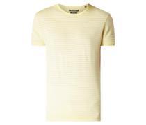 Shaped Fit T-Shirt mit Streifenmuster