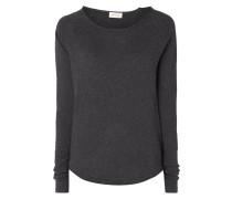 Pullover mit offenen Abschlüssen