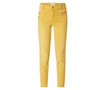 Coloured Slim Fit Jeans mit Reißverschlusstaschen