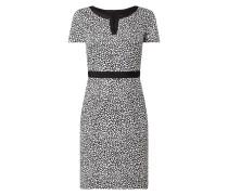 Kleid mit Tunikakragen