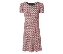 Kleid mit Puffärmeln und Webmuster