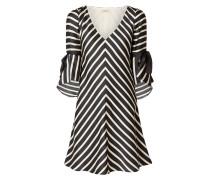 Kleid mit Volantärmeln und Streifenmuster