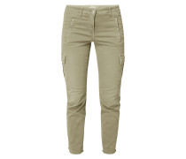 Slim Fit Cargohose mit Stickereien