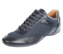Sneaker aus Leder und Textil