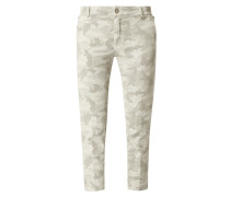 Chino mit Camouflage-Muster Modell 'Jacqueline'