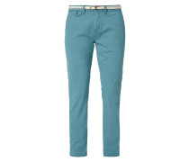 Relaxed Fit Chino mit Gürtel