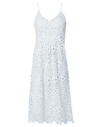 Kleid aus floraler Häkelspitze