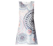Kleid aus Lochstrick