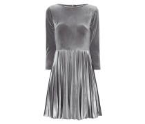 Kleid aus Samt mit Plisseefalten