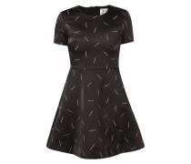 Kleid mit Streichholz-Stickereien