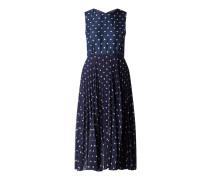 Kleid aus Seide und Chiffon