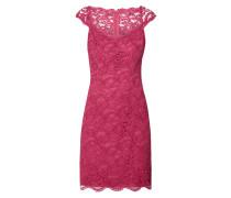 Kleid aus floraler Spitze mit Herzausschnitt