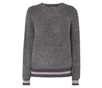 Pullover mit Effektgarn