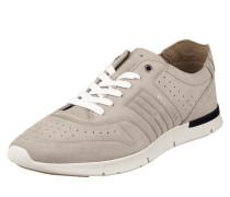 Sneaker aus Veloursleder mit Perforierungen