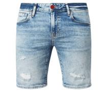 Jeansshorts mit Destroyed-Effekten