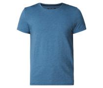 Shaped Fit T-Shirt mit feinem Streifenmuster