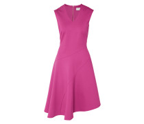 Kleid mit asymmetrischem Saum