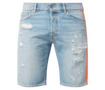 Jeansshorts im Destroyed Look