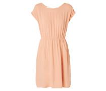 Kleid mit Zierriemen