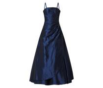 Abendkleid aus Taft mit Zierperlenbesatz