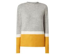 Pullover mit Stehkragen und Logo-Applikation
