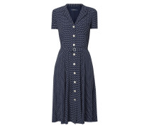 Kleid mit Punktemuster und Knopfleiste