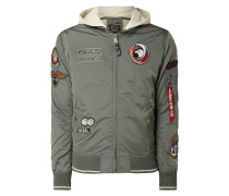 Bomber mit Patches