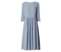 Kleid aus Viskose mit Dreiviertelärmeln