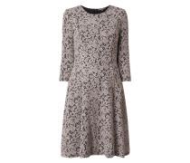 Kleid mit Ornamentmuster