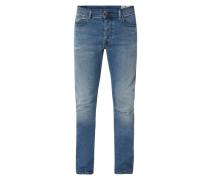 Slim-Carrot Fit Jeans im Used Look