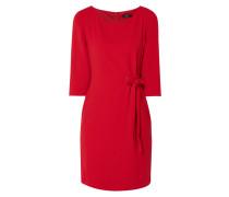 Kleid mit Schnürung und Ösen
