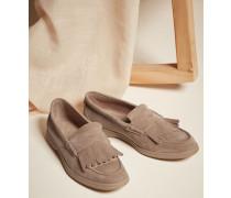 Loafer aus Kalbsveloursleder mit Fransen