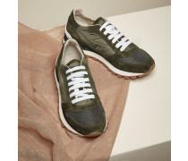 Sneaker aus Techno-Stoff und Veloursleder