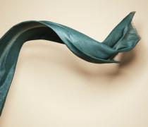 Schal mit Glitzereffekt aus Kaschmir und Seide